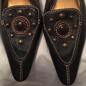 Unisa Shoes - UNISA Adorable Mule Slides